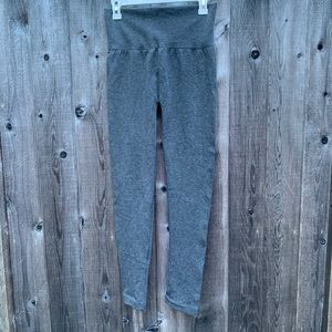 🌵 A New Day Gray Basic Leggings Size L/XL